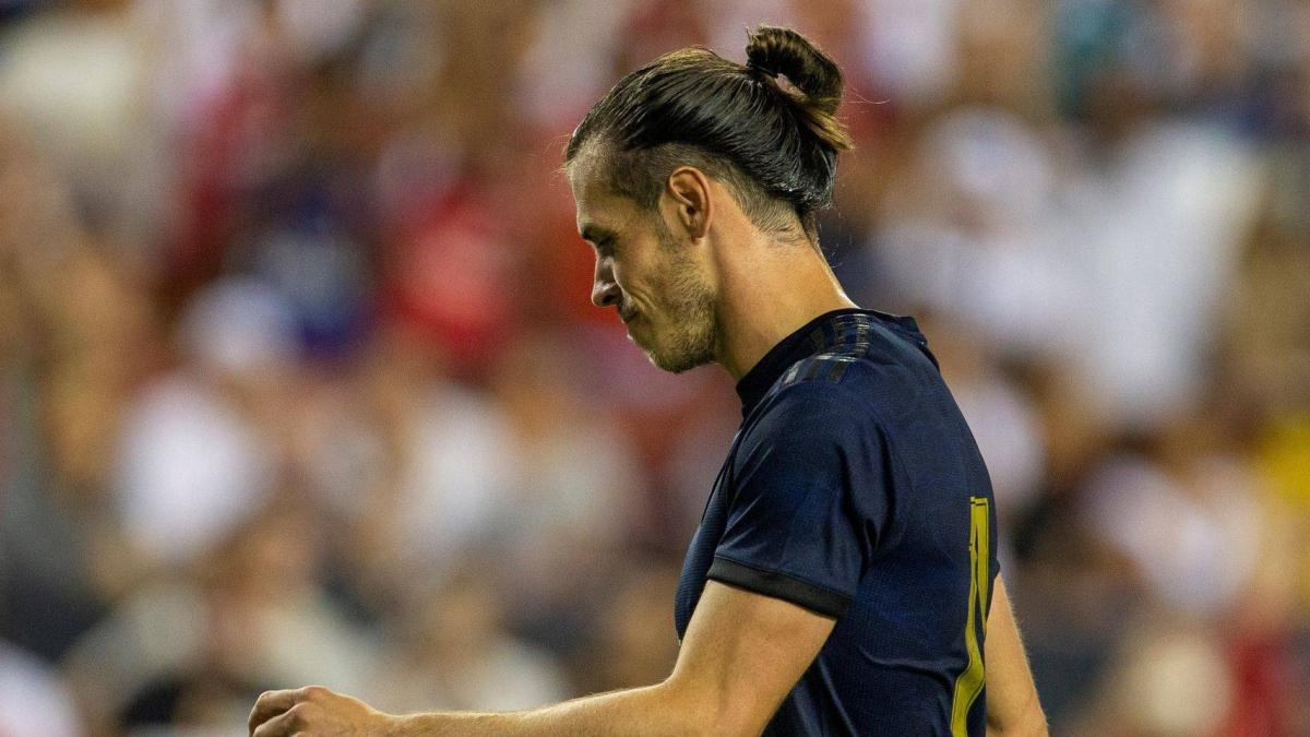 Gareth Bale ha entrenado con un vendaje