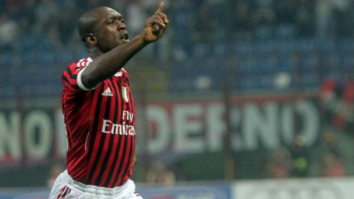 Clarence Seedorf acumula 429 partidos con el AC Milan