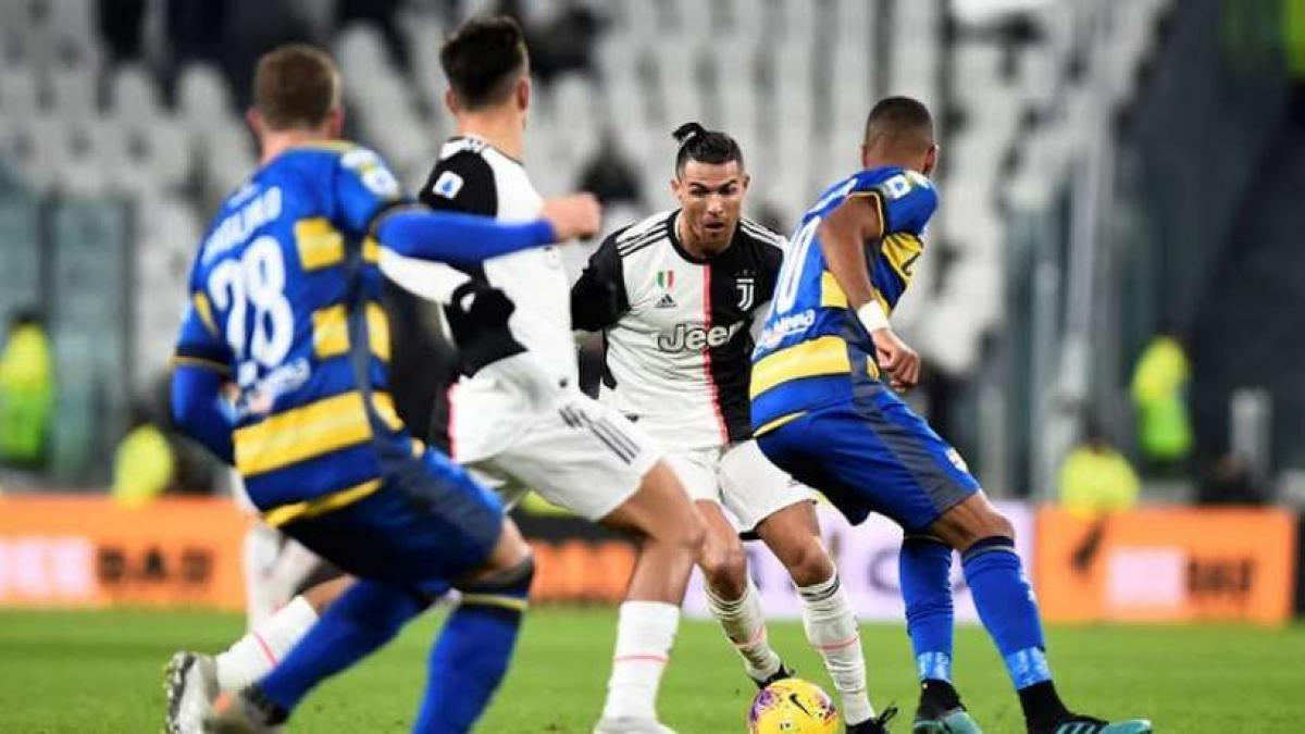 Cristiano Ronaldo inauguró el electrónico en Turín