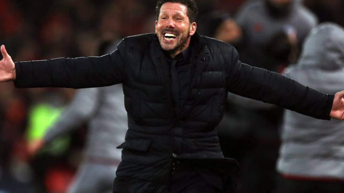 La alegría de Simeone tras superar al Liverpool en Anfield