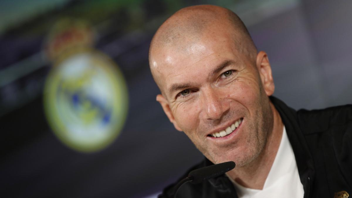Real Madrid | Zinedine Zidane da largas sobre su futuro