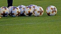 Antonio Valencia anuncia su retirada