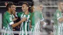 Real Betis   Tres renovaciones en el aire