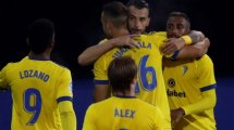 Copa del Rey   El Cádiz sufre y pasa por penaltis en Pontevedra
