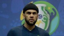 Dani Alves defiende a Neymar ante las críticas