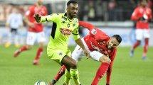 El Angers compra a un lateral izquierdo