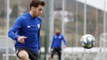 Ibai Gómez atiza a Bernd Schuster