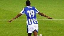 Alexander Isak renueva con la Real Sociedad