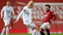 El Manchester United, dispuesto a renovar a Juan Mata