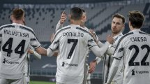 Serie A   Cristiano Ronaldo impulsa a la Juventus ante el Crotone