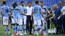 La Lazio sigue a 2 defensas