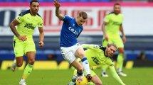 Lucas Digne se afianza en el Everton