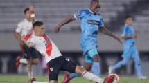 El Valencia lidera la puja por un internacional argentino
