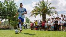 El Real Zaragoza se despide de Luis Suárez