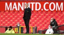El Manchester United frena 3 salidas