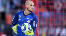El Sevilla se topa con un duro rival en la carrera por Predrag Rajkovic