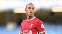Thiago Alcántara no encuentra su sitio en el Liverpool