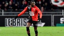 Persiste el duelo entre Sevilla y Real Betis por Hamari Traoré
