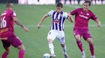 Liga | El Real Valladolid se impone al Deportivo Alavés sobre la bocina