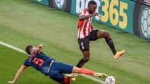 Iñaki Williams reta al FC Barcelona