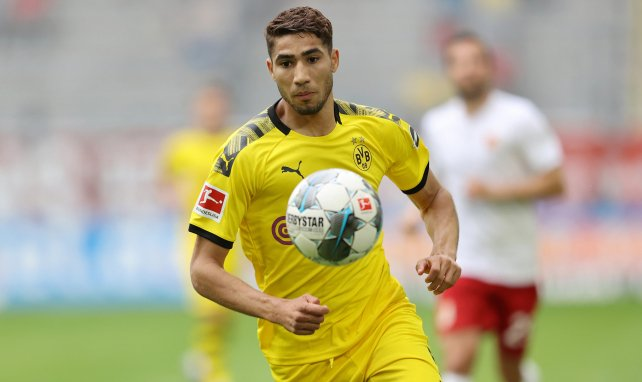 Achraf Hakimi se ha despedido del club germano