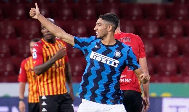 Achraf Hakimi suma y sigue con el Inter de Milán