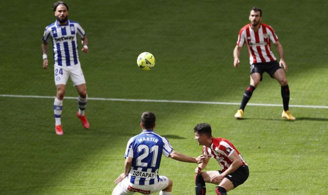Liga | Athletic Club y Deportivo Alavés se neutralizan
