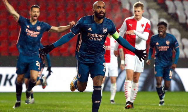 Europa League | El Arsenal impone su ley ante el Slavia, la AS Roma sufre para eliminar al Ajax