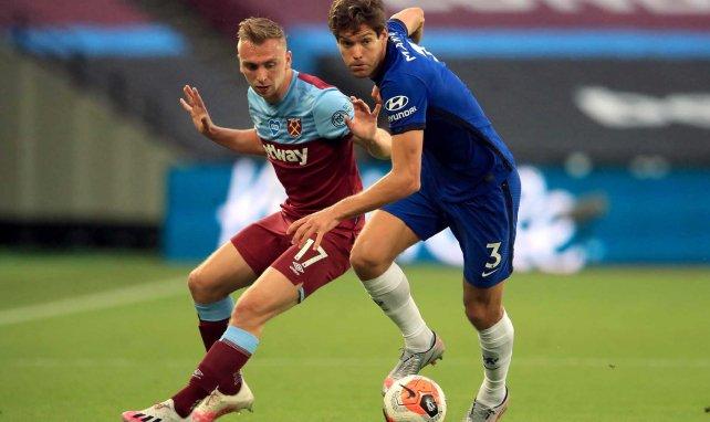 El Chelsea no cuenta con Marcos Alonso
