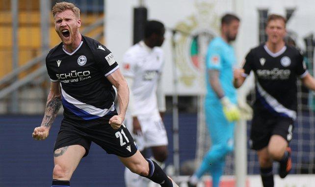Andreas Voglsammer celebra un gol con el Arminia