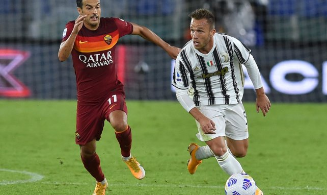 Juventus | Andrea Pirlo da un toque a Arthur