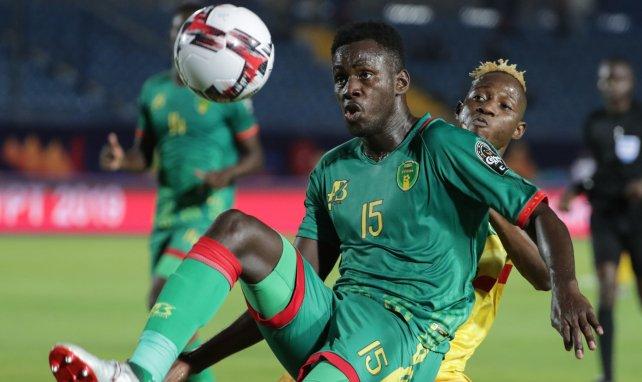 Bakary N'Diaye, en acción con Mauritania