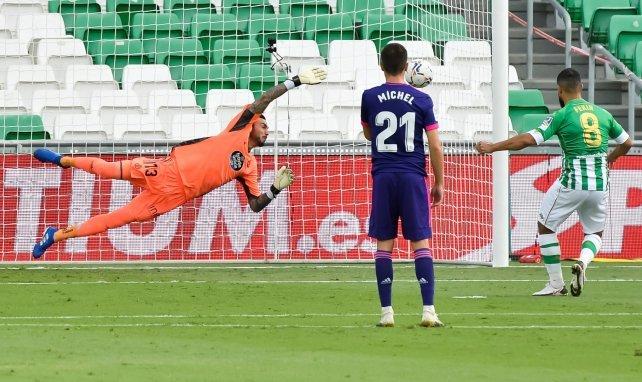 Liga | El Real Betis se aprovecha de la fragilidad defensiva del Real Valladolid