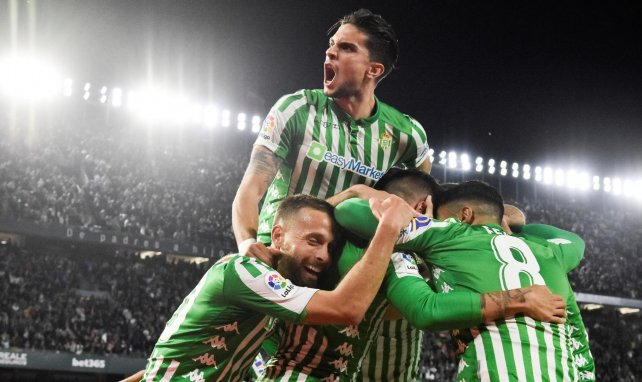 El Real Betis baraja un plan B a Claudio Bravo