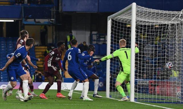 Chelsea vence a Leicester City y le quita la tercera posición de la Premier League