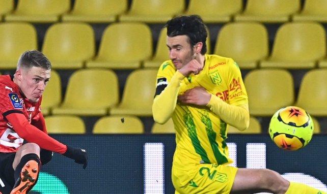 """Sébastien Corchia: """"Si no llega la oferta adecuada, me quedaré en el Sevilla"""""""