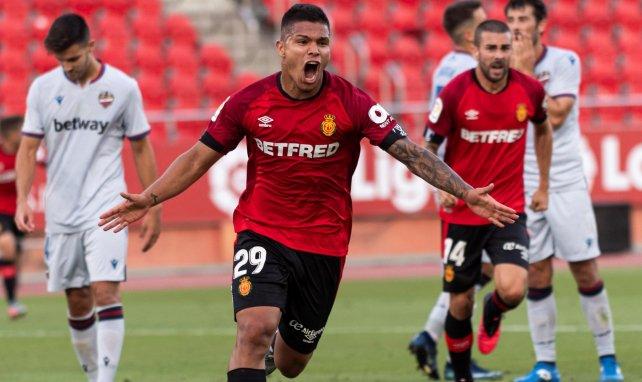 El Huesca sueña con el regreso de 'Cucho' Hernández