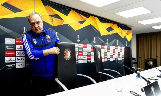 El míster seguirá al frente del Feyenoord hasta 2021