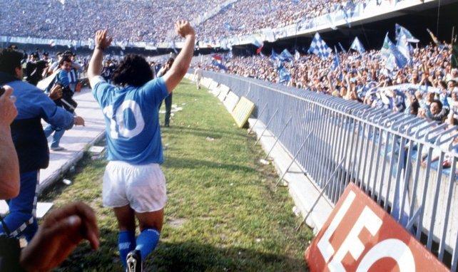 Diego Maradona, todo un ídolo en Nápoles