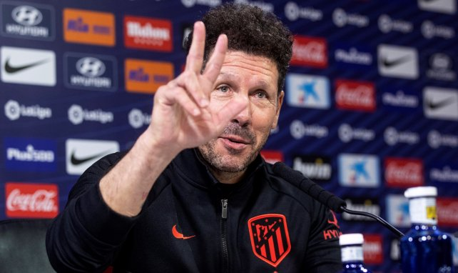 Diego Simeone responde a las cuestiones de la prensa