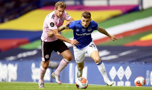 El Everton blinda a Lucas Digne