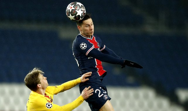 Julian Draxler acerca posturas con el Paris Saint-Germain