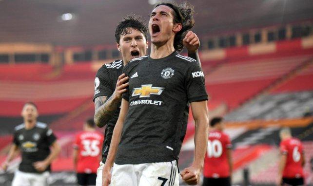 Edinson Cavani celebra un gol con el Manchester United