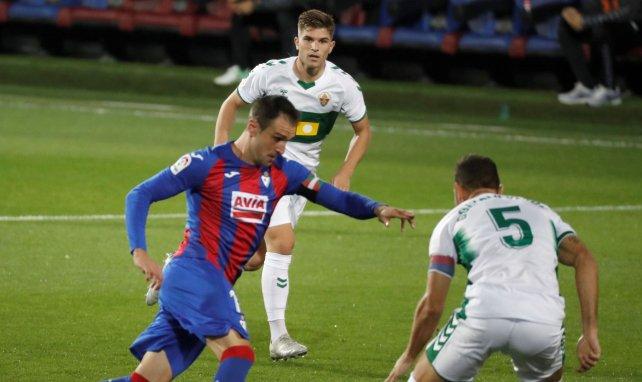 Liga | El Elche doblega al Eibar a domicilio