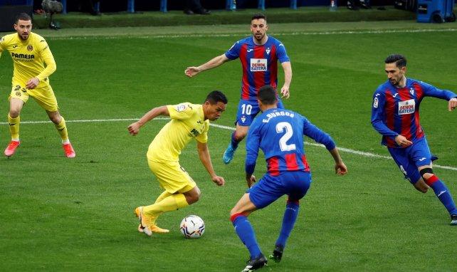 El Villarreal comienza a dar forma al adiós de Carlos Bacca