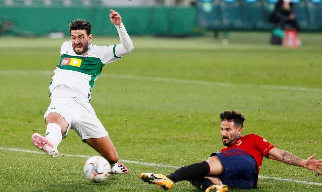 Liga | Osasuna deja al Elche contra las cuerdas