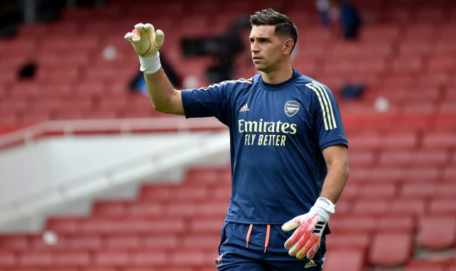 Emiliano Martínez jugará en el Aston Villa
