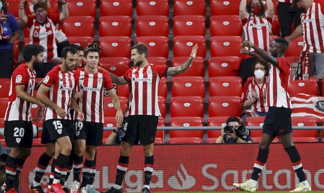 Les jugadores del Athletic Club celebran un gol conta el Real Mallorca