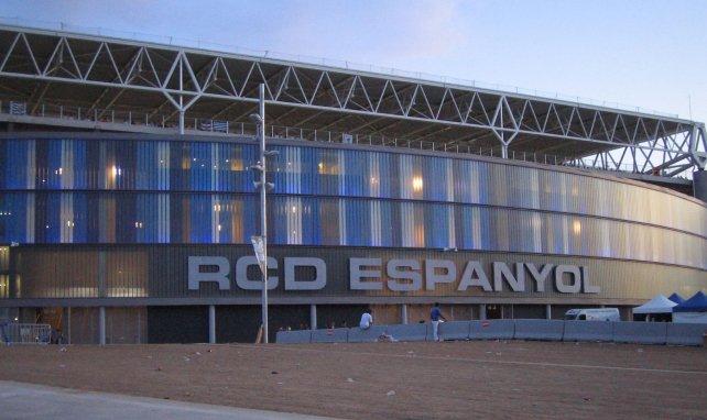 El Espanyol cruza intereses defensivos con el Granada