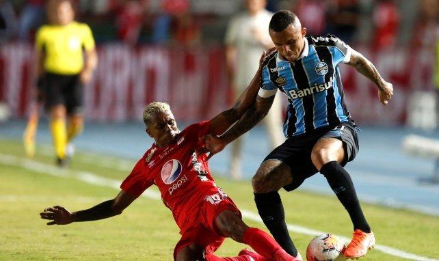 El PSG, en conversaciones por Everton Soares